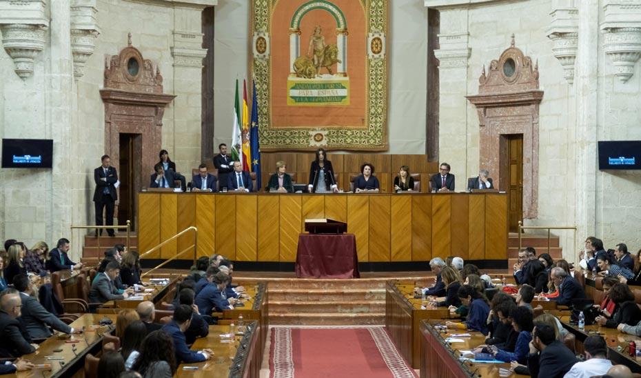 El Parlamento de Andalucía presenta la versión en lectura fácil del Reglamento del Parlamento