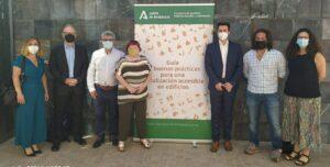 """La Junta de Andalucía presenta la """"Guía de buenas prácticas para una señalización accesible en edificios"""""""